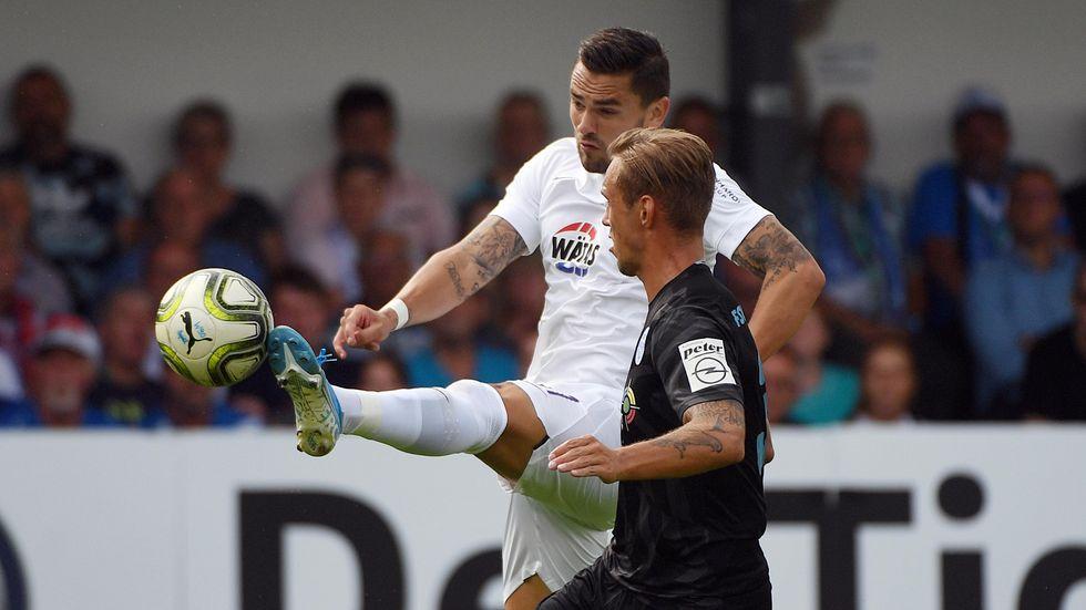 Erzgebirge Aue zieht durch ein 4:1 gegen Nordhausen in die zweite Runde des DFB-Pokals ein.