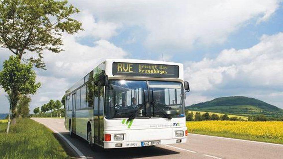Die Regionalverkehr Erzgebirge GmbH fährt in der region bald weniger. © RVE
