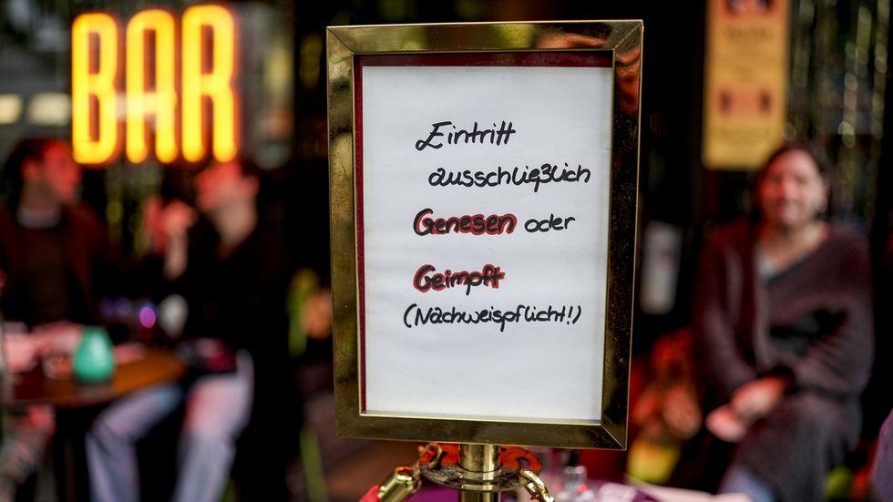 Hamburger Bar beschränkt den Zugang auf Geimpfte und Genesene (Archivfoto)