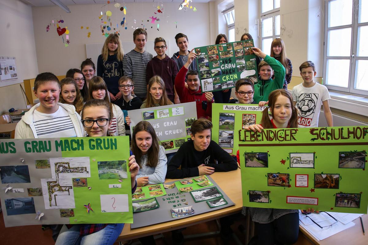 Die Schüler haben auch Plakate gebastelt, die das Projekt zusätzlich dokumentieren. Foto: Jan Görner (Archiv).